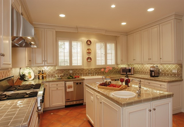 Portfolio pics of completed projects traditional-kitchen
