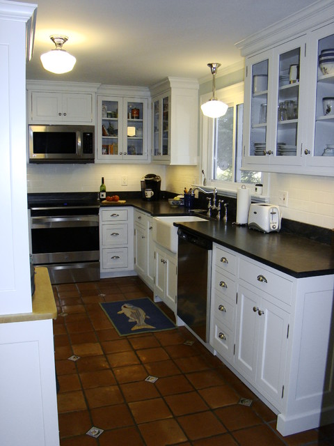 Portland kitchen traditional kitchen portland maine by robin amorello ckd caps - Kitchen design portland maine ...