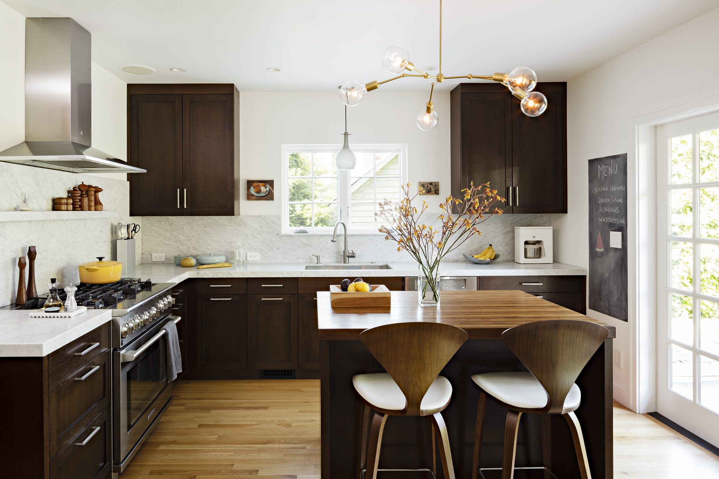 White Cabinets And Dark Countertop Ideas Photos Houzz