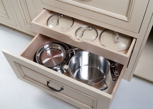 Pots, Pans, Lids: Storage U0026 Organization Options For Cabinetry Traditional  Kitchen