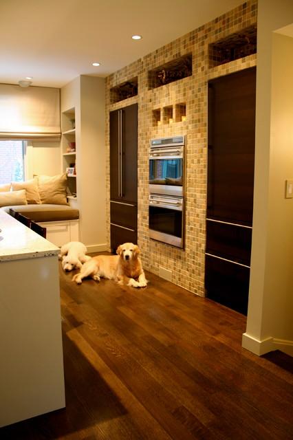 Prairie street townhouse chicago modern kitchen for Townhouse kitchen designs