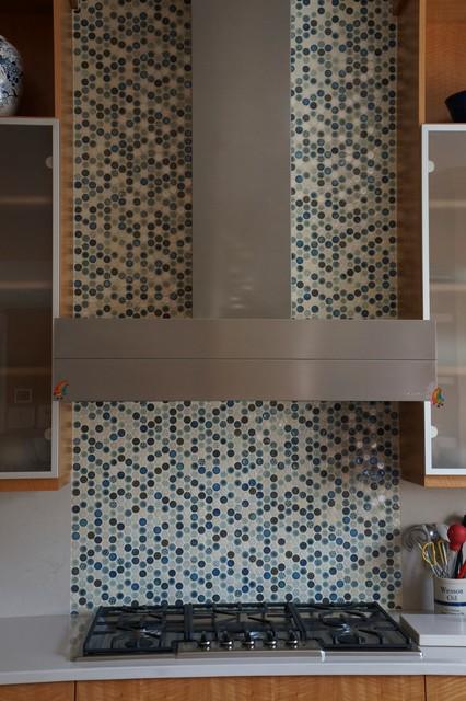 Pratt & Larson Intaglio Penny Round Backsplash contemporary-kitchen