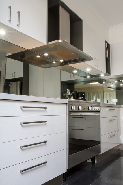 Preston Kitchen Modern Kitchen Melbourne By The Kitchen Design Centre