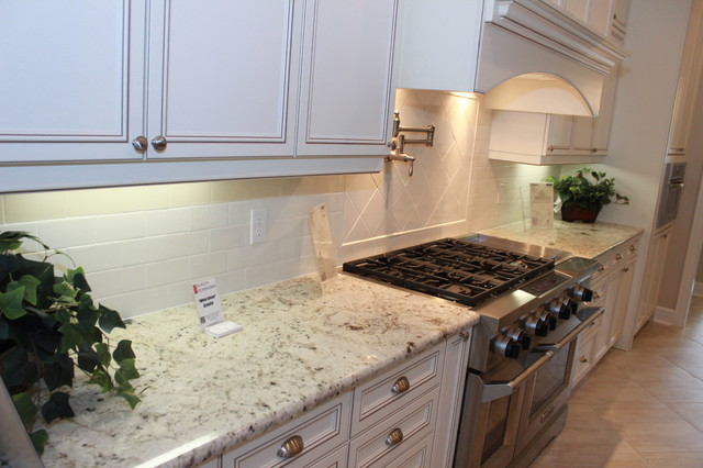 Pridgen Homes - Parade 2013 - Town of Tioga - Traditional - Kitchen ...