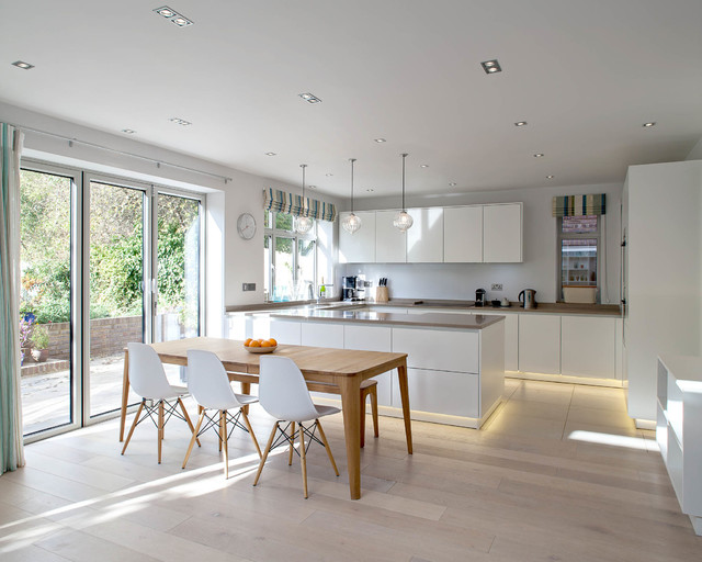 Private House - Harpenden - Scandinavian - Kitchen - London - by Peter Landers Photography