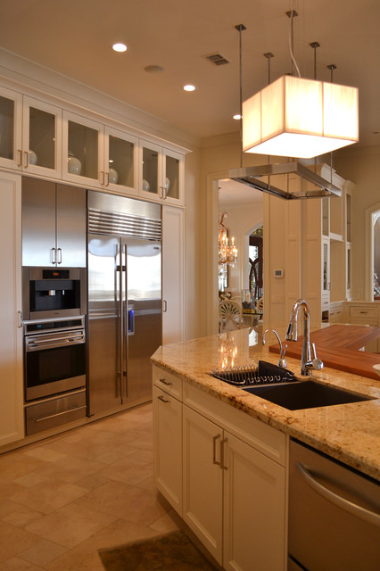 Private Residence in Gulfport, MS traditional-kitchen