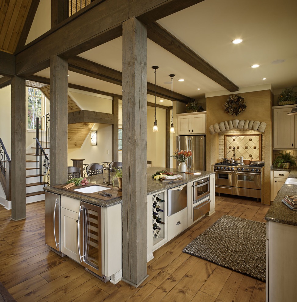 Mountain style kitchen photo in Other with stainless steel appliances