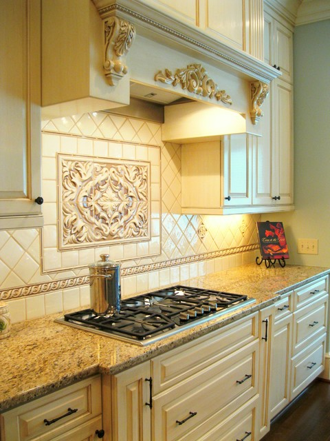 Private Residence Lexington Sc Traditional Kitchen Charleston By Pulliam Morris Interiors