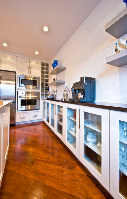 Private residence traditional kitchen other metro for Kitchen ideas queensway