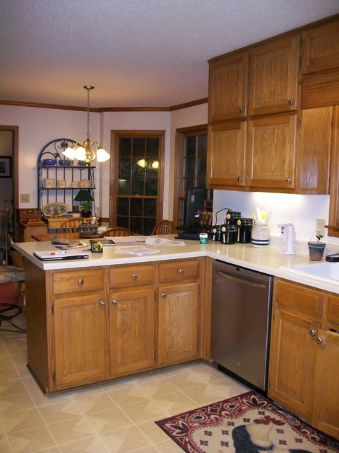 Project 645281 (before & after) traditional-kitchen