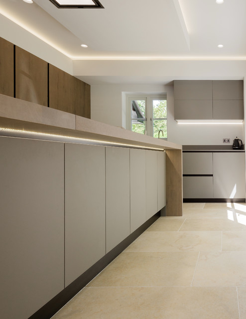 Project Bristol Bs 20 Modern Kitchen Devon By Arrital Kitchens