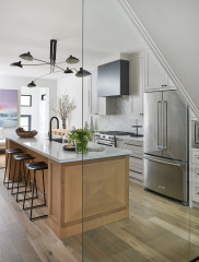 Kitchen of the Week: Clean and Classic With a Modern Edge