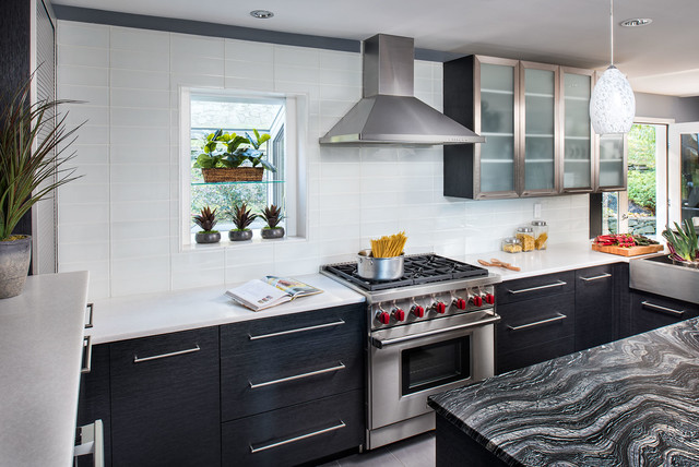 Project in yorktown heights ny contemporary kitchen for Kitchen cabinets yorktown ny