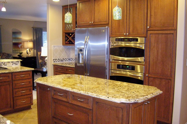 Projects by Creative Kitchen Designs traditional-kitchen
