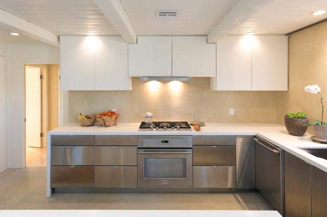 Provencal Mas contemporary-kitchen