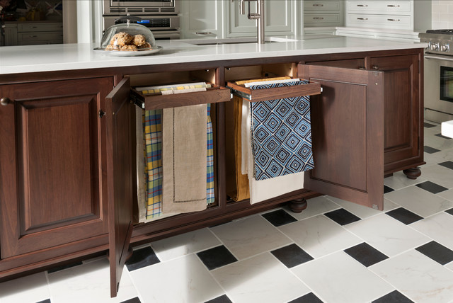 Pull-Out Linen Rack traditional