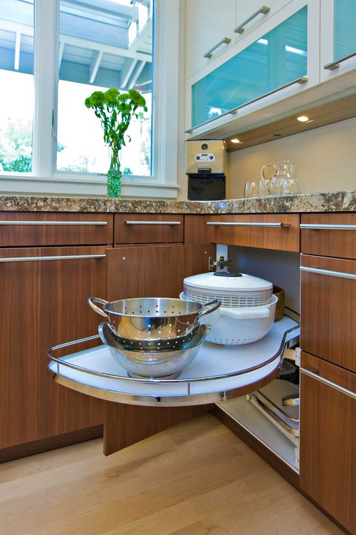 modern kitchen Clever Kitchen Storage Solutions