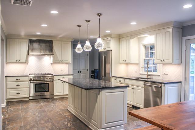 Quaint kitchen remodel farmhouse kitchen new york for Quaint kitchen designs
