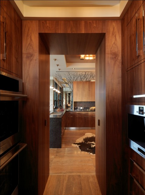 Quaker Bluff Residence rustic-kitchen