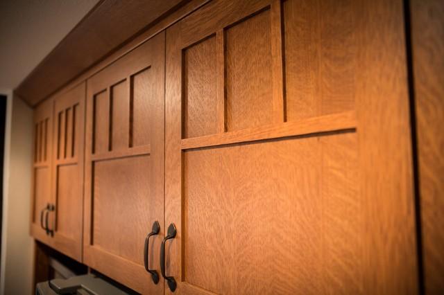 Quarter Sawn Oak Kitchen