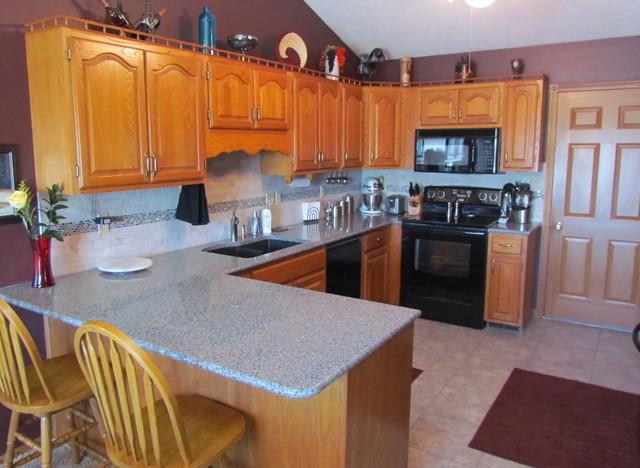 Kitchen Countertop Replacement : Quartz Countertop Replacement - 1 - Traditional - Kitchen - other ...