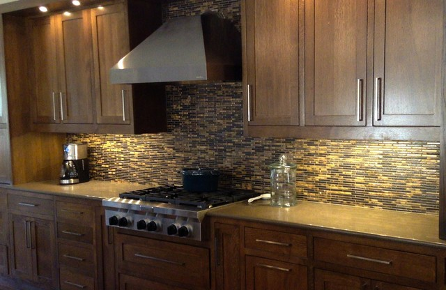 Quartz engineered stone countertops modern kitchen for Engineered quartz countertops