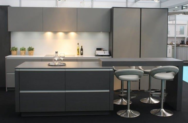 Quartzforms Extreme Night Display Intoto Guildford modern-kueche