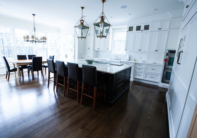 Queen anne rd 8 traditional kitchen toronto by ph for Queen anne style kitchen