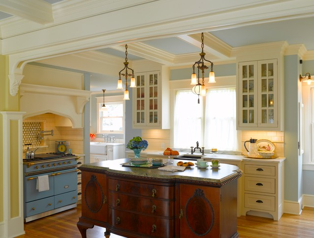 Queen Anne Revival traditional kitchen