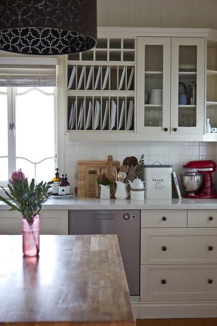 Queenslander home eclectic kitchen brisbane by for Queenslander kitchen ideas