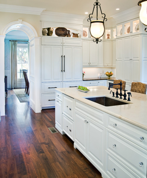 Mismatched countertops are far from a kitchen design faux pas