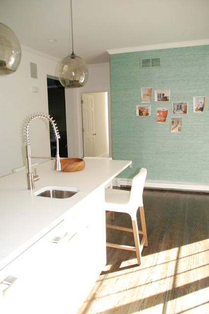 Quogue contemporary-kitchen