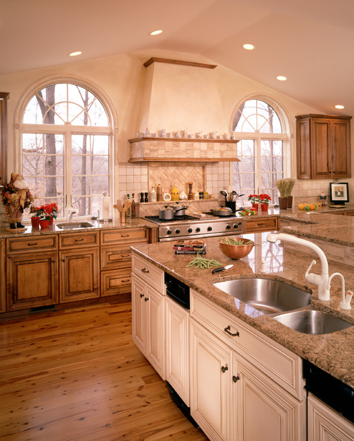 Radley Run Traditional/Farmhouse Kitchen And Addition
