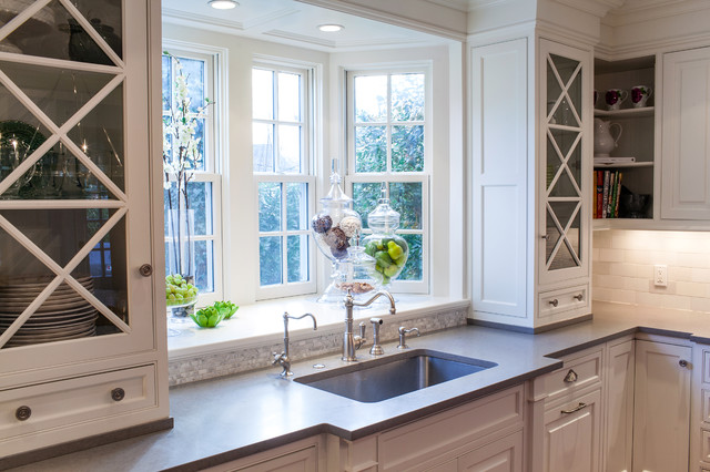 RAE Design Group traditional-kitchen