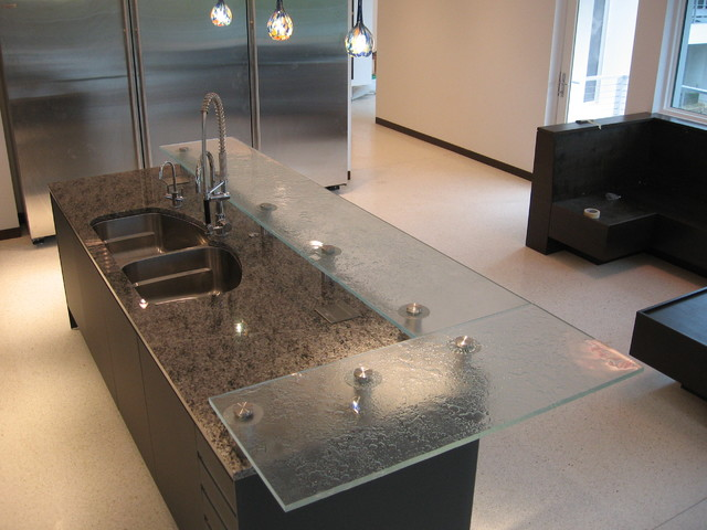 Etonnant Raised Firemolded Glass Bar Top Contemporary Kitchen