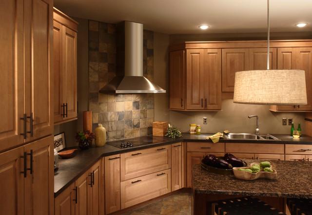 Raised panel Maple door - Traditional - Kitchen - philadelphia - by Main Line Kitchen Design