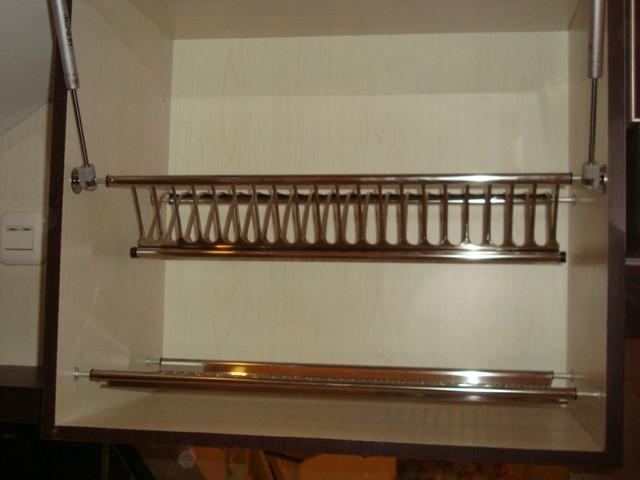 Rak piring dan gelas plates glass rack modern for Rak kitchen set minimalis