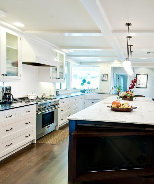 Raleigh Kitchen traditional-kitchen