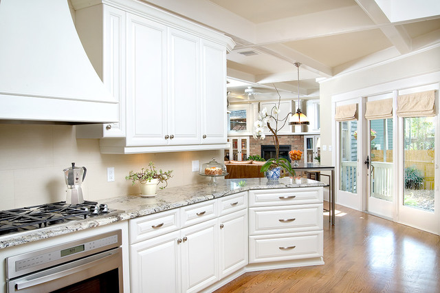 Ramos Design Build Corporation - Tampa traditional kitchen