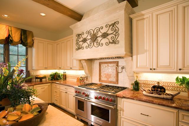Rancho Mirage Villas kitchen
