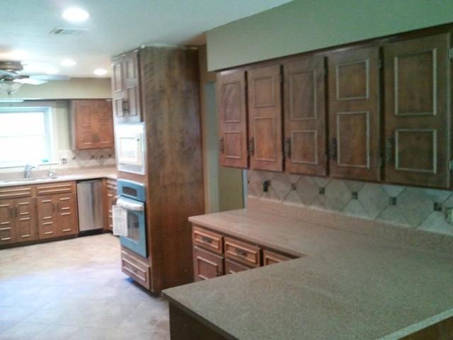 Random Homeowners traditional-kitchen