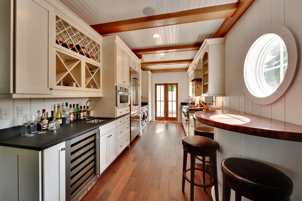 Example of a classic kitchen design in Philadelphia with stainless steel appliances