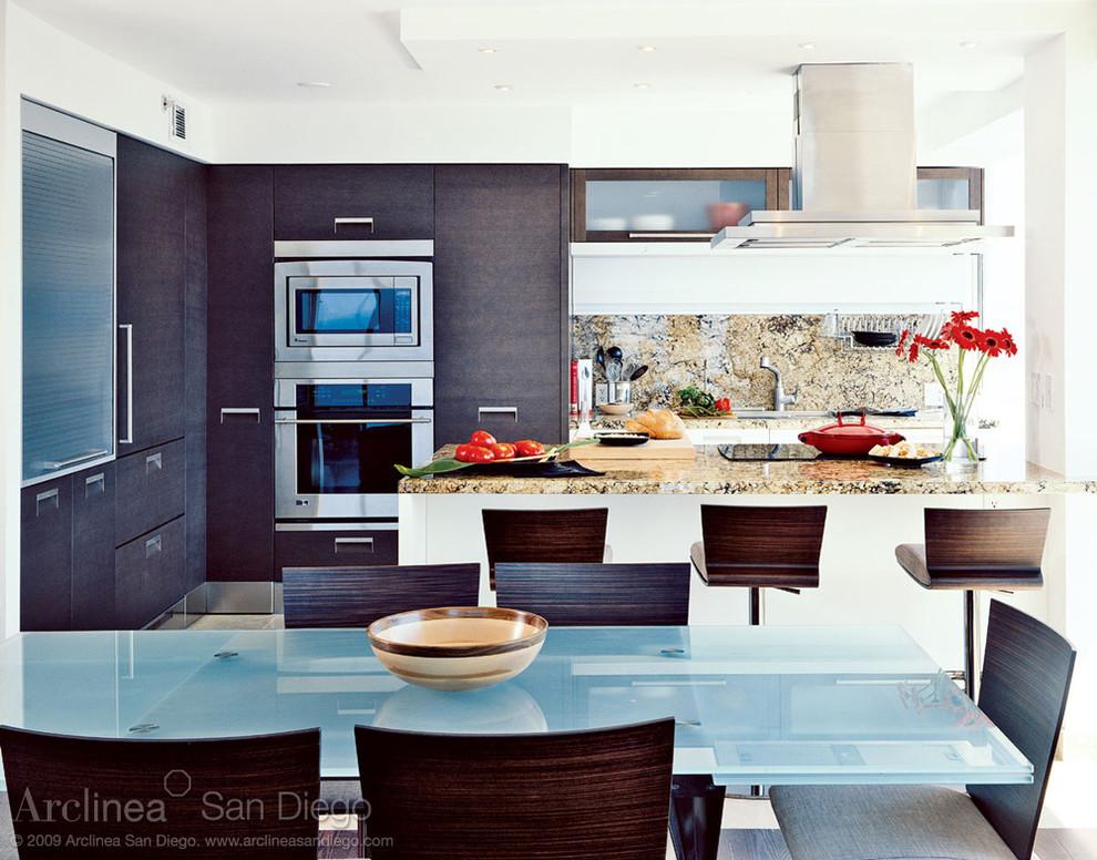 Beach style kitchen photo in San Diego