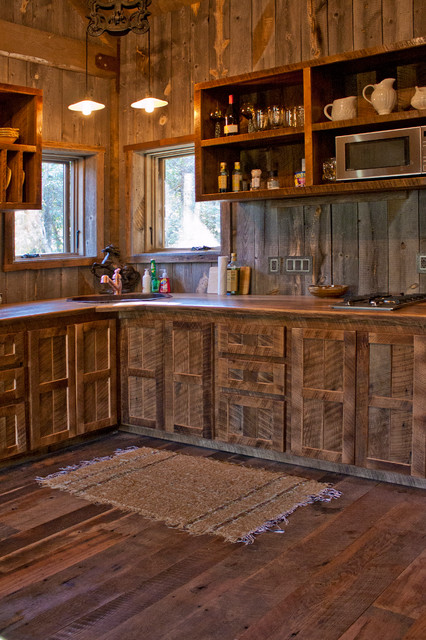 Reclaimed and Rustic Materials Make A Cabin Cozy - Rustic ...