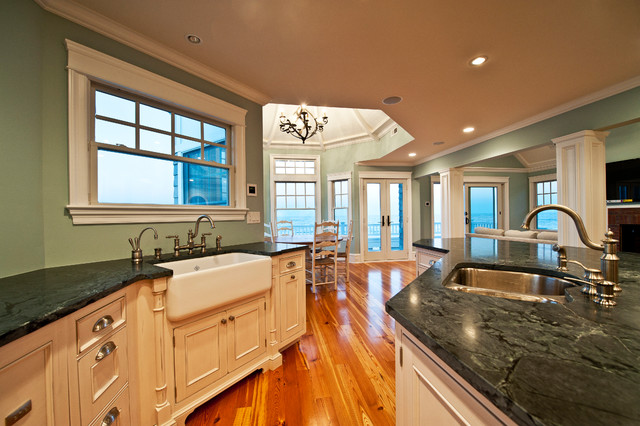 Reclaimed Heart Pine Floors Traditional Kitchen New York By Monetti Custom Homes
