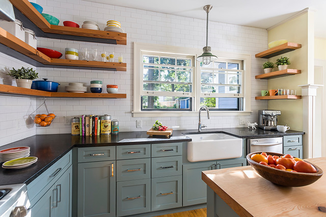 Reclaimed open shelving farmhouse kitchen for Open shelves in kitchen ideas