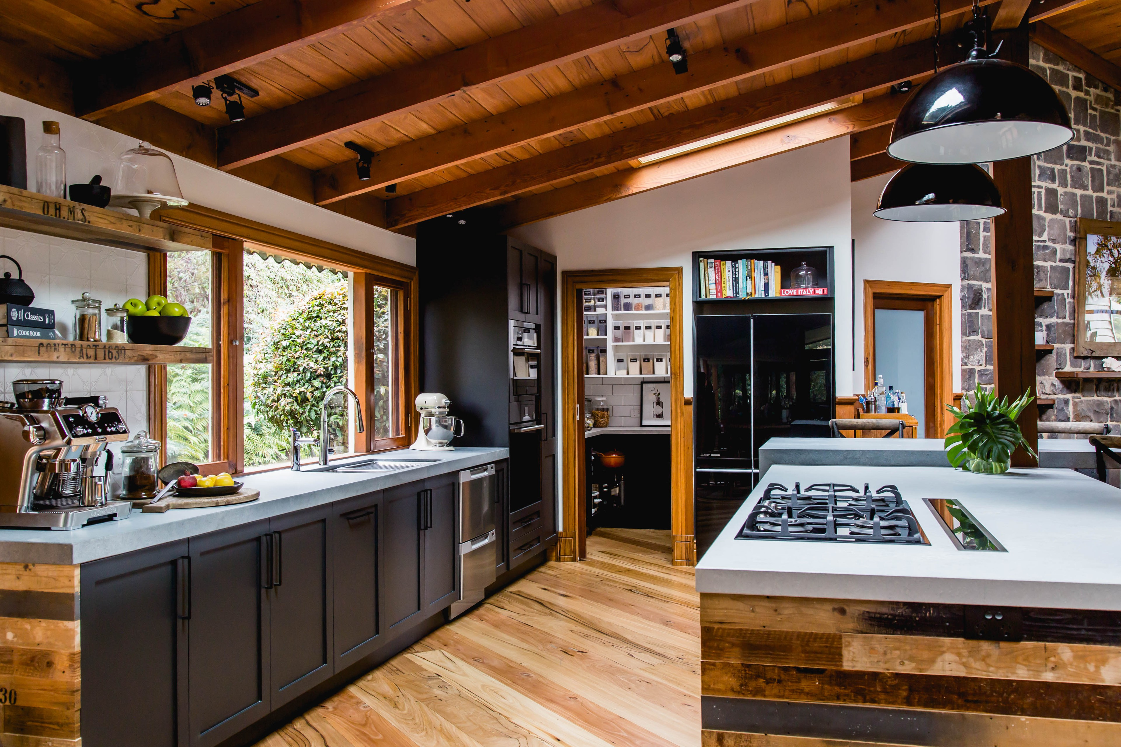 75 Beautiful Rustic Kitchen With Black Cabinets Pictures Ideas June 2021 Houzz
