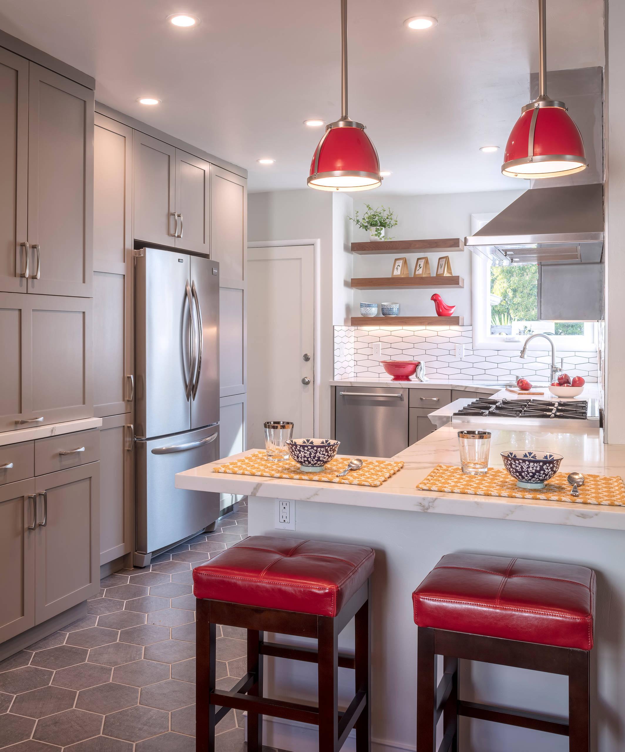 Backsplash With Red Accent Tile Kitchen Ideas Photos Houzz