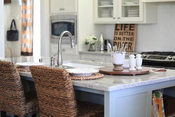 Red Chaise Designs (Helen Lockhart) traditional-kitchen