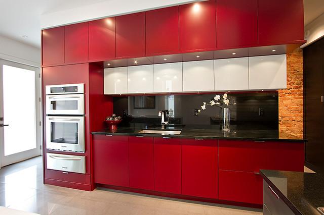 Red Hot Kitchen Reno - Modern - Kitchen - toronto - by Amy Dillon (AyA Kitchens & Baths)